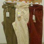 100 pantalons de marque MO (5 colories) pour adultes