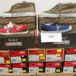 20 paires de chaussures avec boite de marque